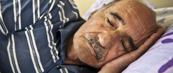 o-OLDER-PEOPLE-SLEEP-facebook